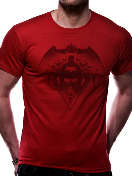 BATMAN V'S SUPERMAN MENS RED T-SHIRT - FEAR THE BATMAN